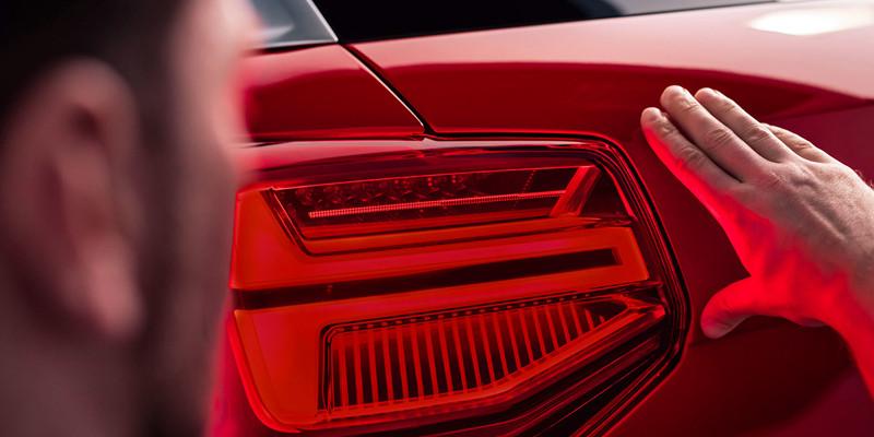 Automotive lighting assembly