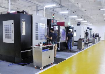 cnc machine shop for your manufacturing needs-feature image